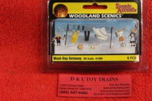 1936 Woodland Scenics HO scale Wash day getaway figures