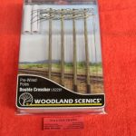 2281 Woodland Scenics O scale double crossbar telephone poles