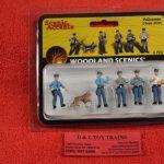 2736 Woodland Scenics O scale Policemen figures