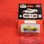 30000131 Atlas HO scale Union Pacific 1973 Ford F-100 pickup truck