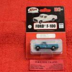 30000132 Atlas HO scale Rock Island 1973 Ford F-100 pickup truck
