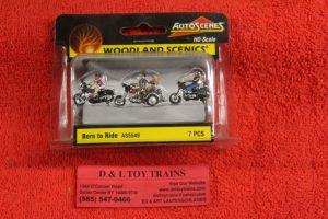 5549 Woodland Scenics 1:87th scale Born to ride