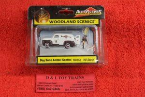 5551 Woodland Scenics 1:87th scale Dog gone aminal control