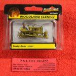 5562 Woodland Scenics 1:87th scale Dewie's dozer