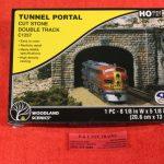 1257 Woodland Scenics HO scale Cut stone double track tunnel portal