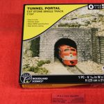 1267 Woodland Scenics O scale Cut Stone tunnel portal