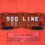 8047 Kadee HO scale Soo Line PS-2 2 bay covered hopper car